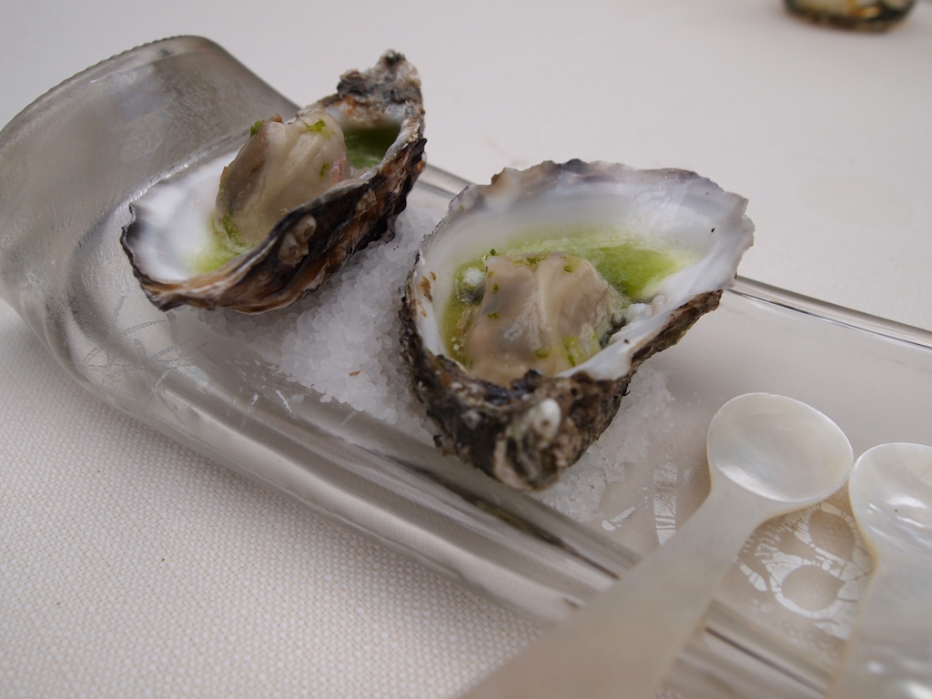 De librije in zwolle the netherlands 2015 review by for Smoked oyster canape